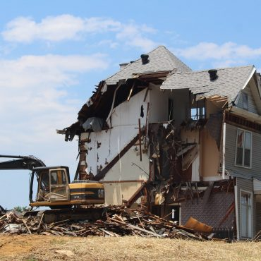 demolish a house